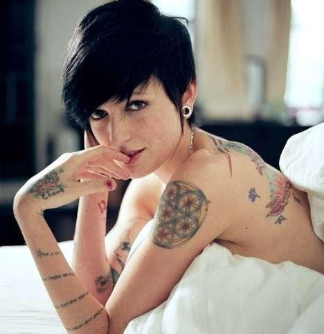 lesbian in bed: